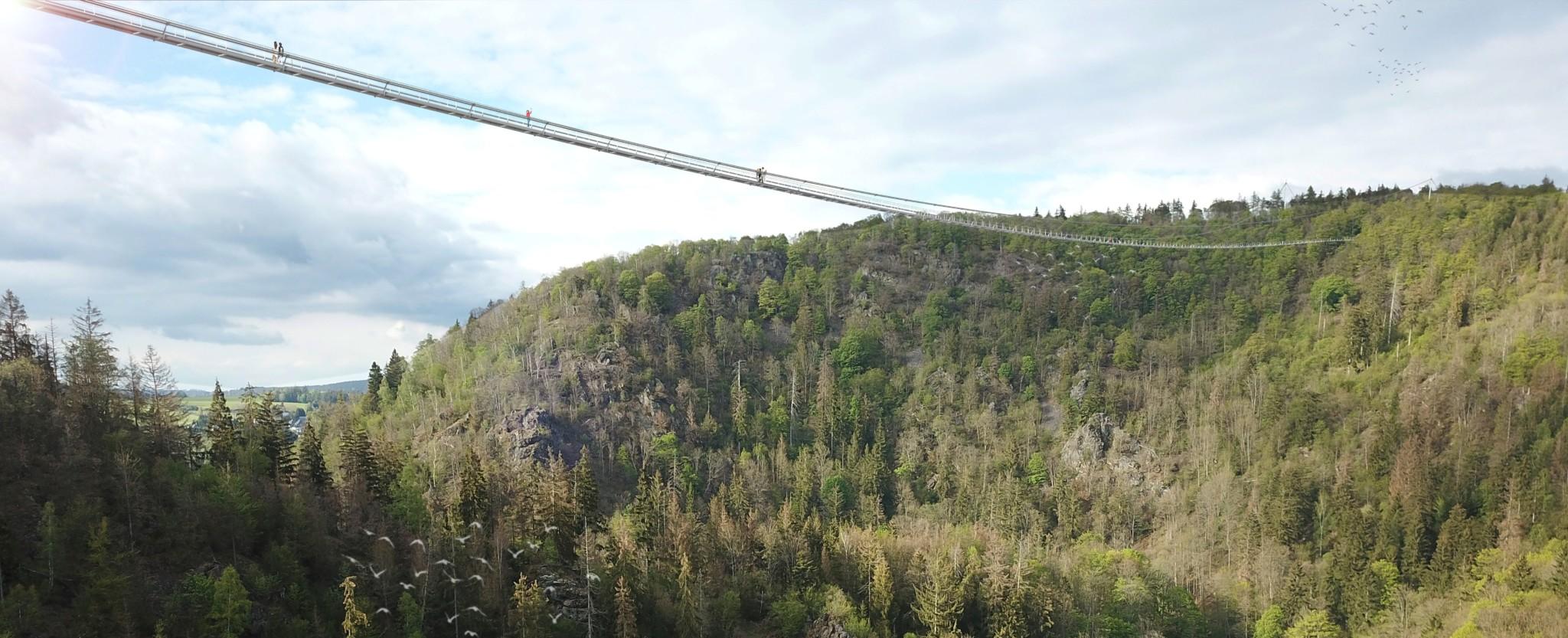 Die 1030 Meter lange Höllentalbrücke ist komplett ohne Unterspannung konstruiert.